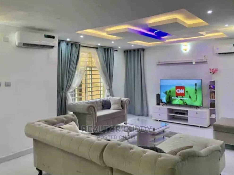Furnished 4bdrm Duplex in Lekki for Sale