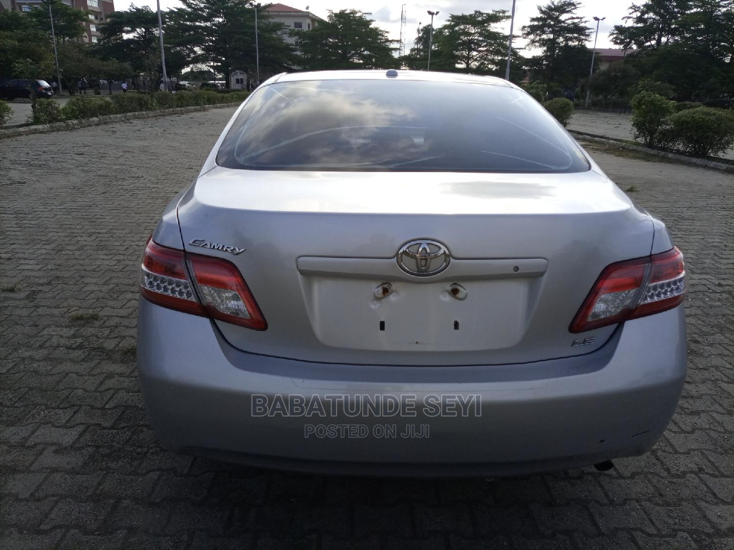 Archive: Toyota Camry 2010 Silver