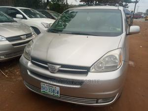 Toyota Sienna 2004 Gold   Cars for sale in Lagos State, Alimosho