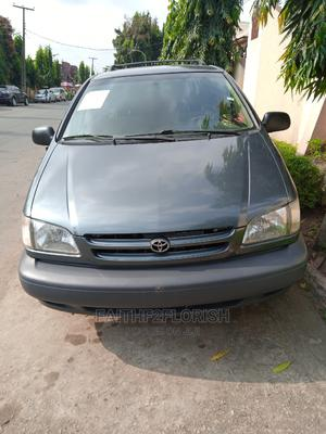 Toyota Sienna 1999 CE Green | Cars for sale in Lagos State, Ikeja
