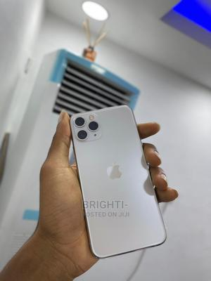 Apple iPhone 11 Pro Max 256 GB Gold   Mobile Phones for sale in Lagos State, Ikeja