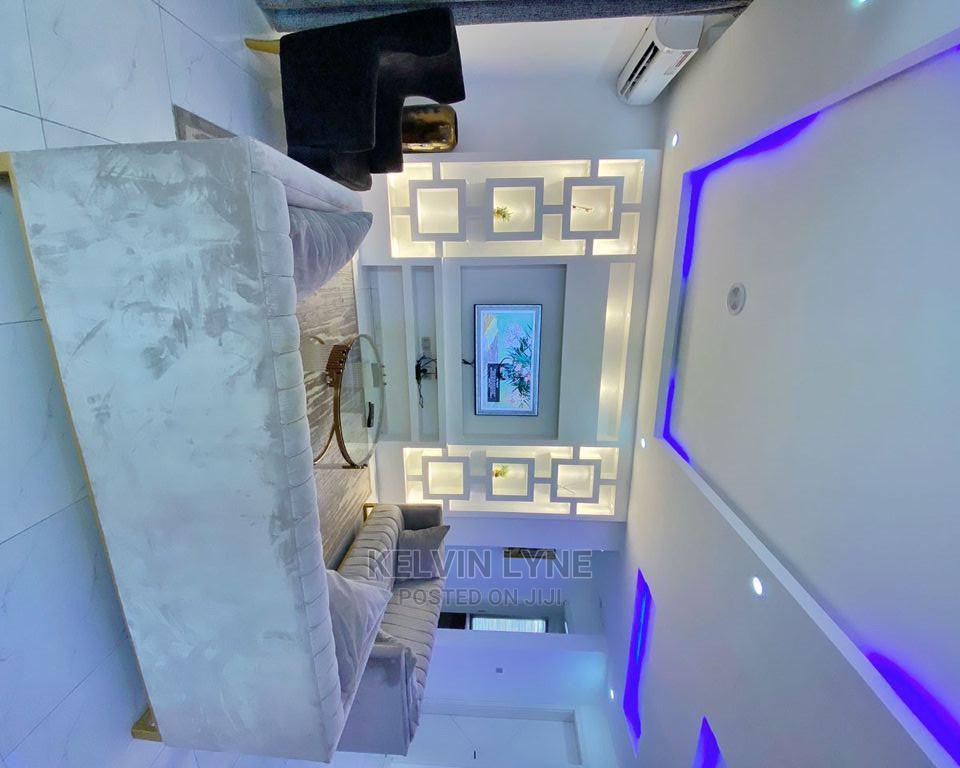 Furnished 2bdrm Apartment in Lekki County Homes for Sale