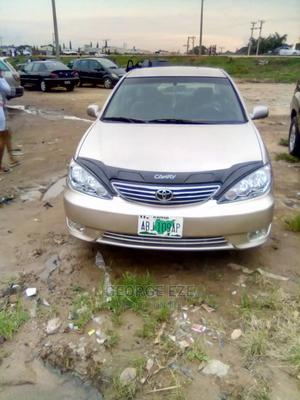 Toyota Camry 2005 Gold | Cars for sale in Abuja (FCT) State, Apo District