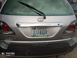 Lexus RX 2002 300 4WD Silver | Cars for sale in Lagos State, Alimosho
