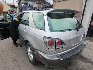 Lexus RX 2002 300 4WD Silver | Cars for sale in Lagos State, Surulere