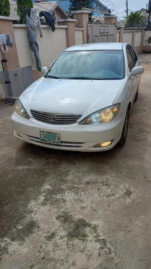 Toyota Camry 2003 White | Cars for sale in Abuja (FCT) State, Central Business District