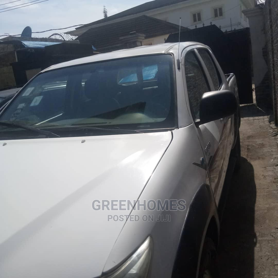 Toyota Hilux 2008 White | Cars for sale in Ajah, Lagos State, Nigeria