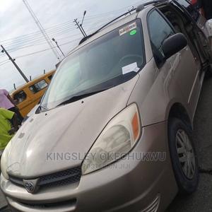 Toyota Sienna 2004 Gold   Cars for sale in Lagos State, Ikorodu