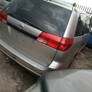 Toyota Sienna 2005 CE Gold   Cars for sale in Lagos State, Alimosho