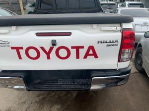Toyota Hilux 2017 SR 4x4 White | Cars for sale in Enugu State, Enugu