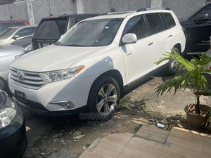 Toyota Highlander 2013 White | Cars for sale in Lagos State, Ikeja
