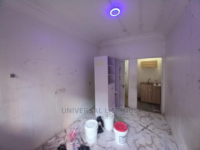 1bdrm Apartment in Lekki Phase 1 for Rent