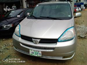 Toyota Sienna 2005 Silver | Cars for sale in Rivers State, Port-Harcourt