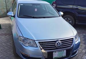 Volkswagen Passat 2009 1.9 TDi Comfortline Blue | Cars for sale in Lagos State, Amuwo-Odofin