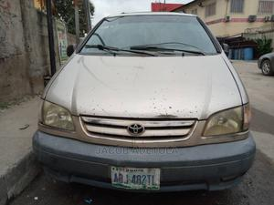 Toyota Sienna 2002 CE Gold   Cars for sale in Lagos State, Gbagada