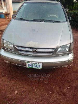 Toyota Sienna 2000 LE & 1 Hatch Gray | Cars for sale in Enugu State, Enugu