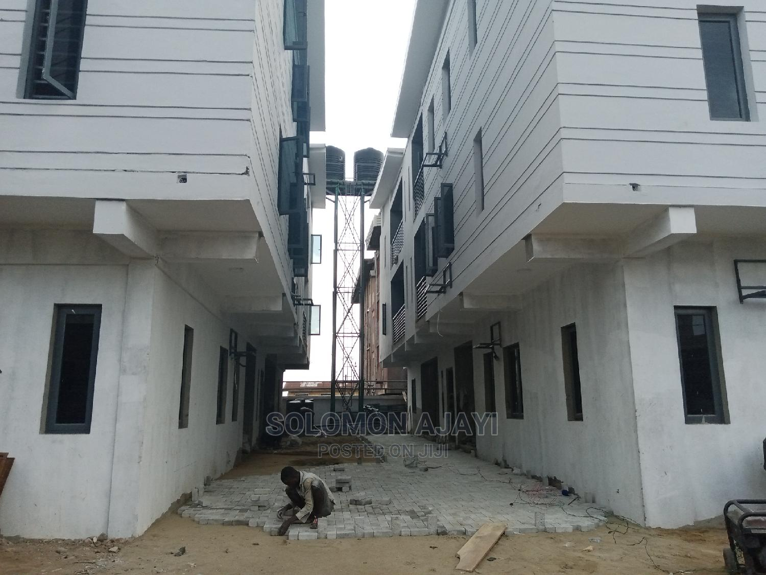 3bdrm Block of Flats in Surulere for Rent | Houses & Apartments For Rent for sale in Surulere, Lagos State, Nigeria