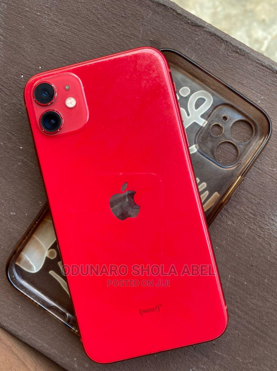 Archive: Apple iPhone 11 64 GB Red