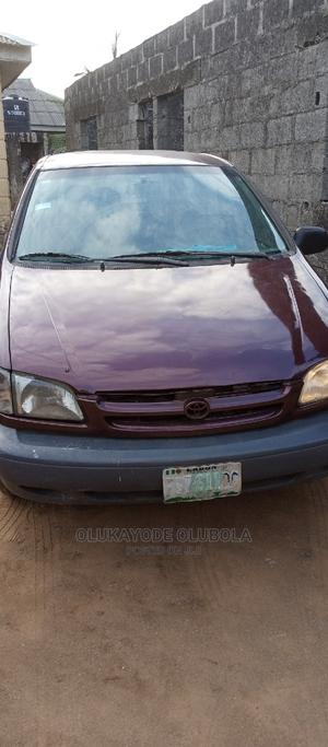Toyota Sienna 2000 LE & 1 Hatch Red   Cars for sale in Lagos State, Ikorodu