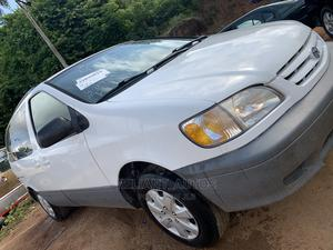 Toyota Sienna 2001 LE White   Cars for sale in Ogun State, Abeokuta South
