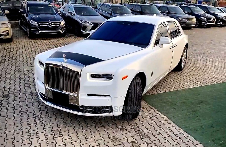 Rolls-Royce Phantom 2020 Base EWB White
