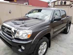 Toyota Tacoma 2010 Double Cab V6 Automatic Gray | Cars for sale in Lagos State, Surulere