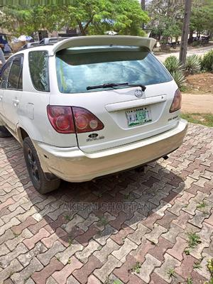 Lexus RX 2000 Off White   Cars for sale in Lagos State, Alimosho