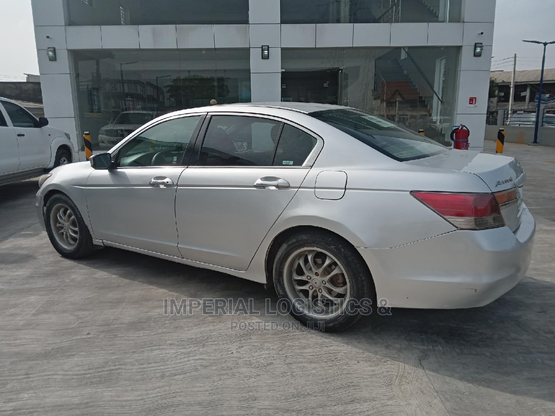 Archive: Honda Accord 2011 Sedan SE Silver