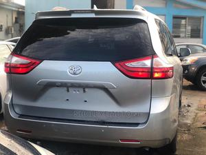 Toyota Sienna 2019 XLE AWD Silver | Cars for sale in Lagos State, Ikeja