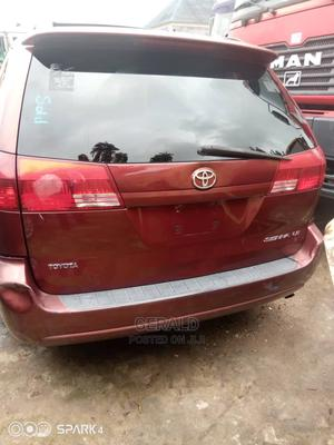 Toyota Sienna 2004 LE FWD (3.3L V6 5A) | Cars for sale in Lagos State, Surulere