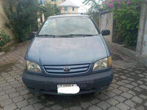 Toyota Sienna 2001 LE Blue | Cars for sale in Lagos State, Ajah