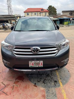 Toyota Highlander 2013 3.5L 2WD Gray   Cars for sale in Lagos State, Alimosho