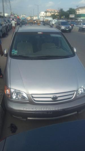 Toyota Sienna 2001 LE Silver   Cars for sale in Lagos State, Isolo