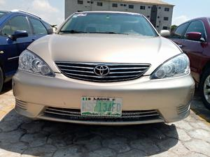 Toyota Camry 2005 Gold | Cars for sale in Abuja (FCT) State, Jabi