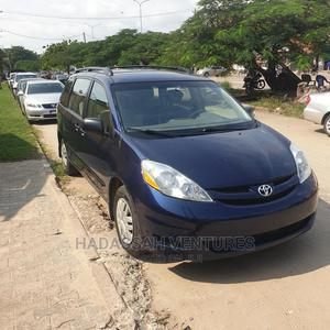 Toyota Sienna 2006 CE FWD Blue | Cars for sale in Lagos State, Amuwo-Odofin
