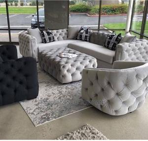 Tufted Sofa   Furniture for sale in Lagos State, Alimosho
