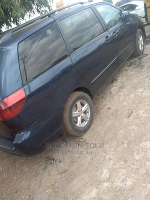 Toyota Sienna 2004 LE AWD (3.3L V6 5A) Blue   Cars for sale in Lagos State, Ikotun/Igando