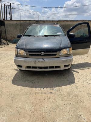 Toyota Sienna 2001 Black   Cars for sale in Lagos State, Ikotun/Igando