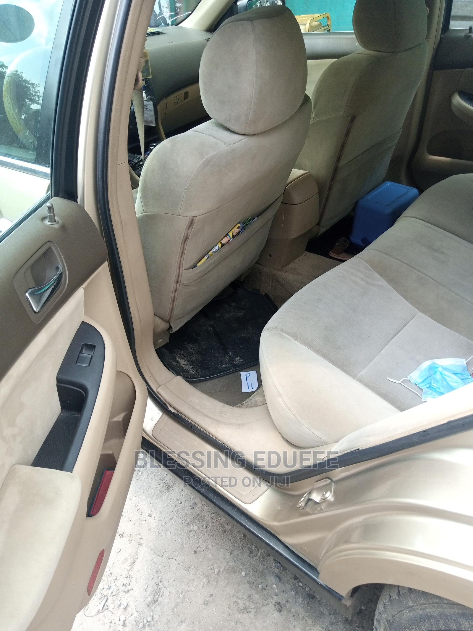 Honda Accord 2005 2.0 Comfort Automatic Gold | Cars for sale in Udu, Delta State, Nigeria