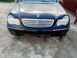 Mercedes-Benz C230 2004 Black | Cars for sale in Abuja (FCT) State, Asokoro