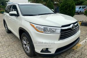 Toyota Highlander 2015 White   Cars for sale in Lagos State, Ogba