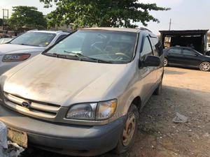 Toyota Sienna 2000 LE & 1 Hatch Brown | Cars for sale in Lagos State, Ikeja