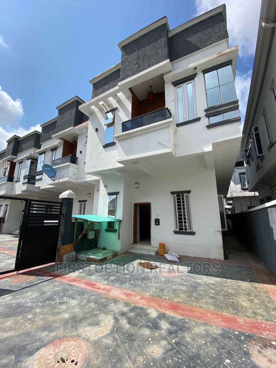4bdrm Duplex in Ikota for Rent