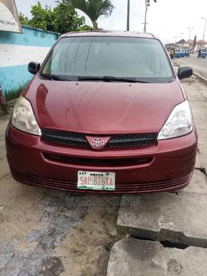 Toyota Sienna 2004 Red | Cars for sale in Delta State, Warri