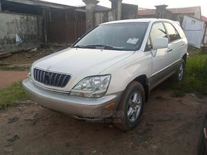 Lexus RX 2001 300 4WD White   Cars for sale in Lagos State, Isolo