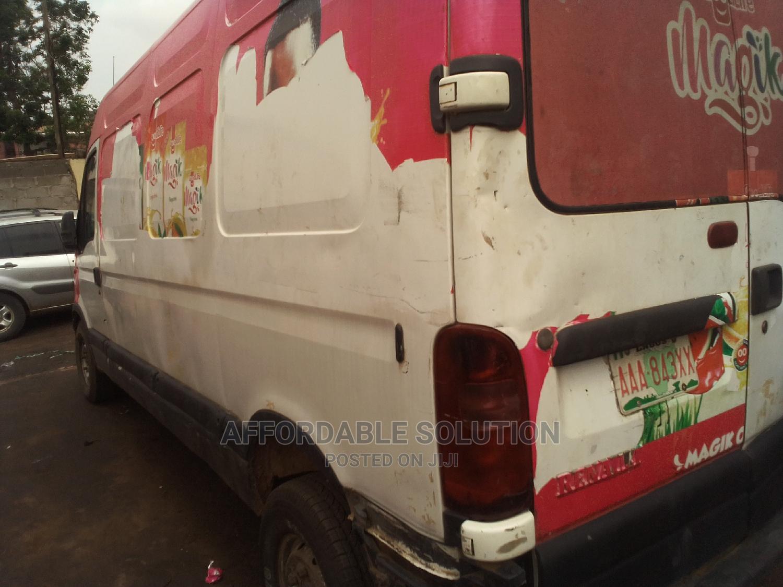 Renault Traffic Diesel Longest Chassis | Buses & Microbuses for sale in Abule Egba, Lagos State, Nigeria