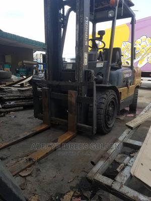 4ton Shangli Forklift Very Clean Buy Nd Use Nothing to Fix   Heavy Equipment for sale in Lagos State, Amuwo-Odofin