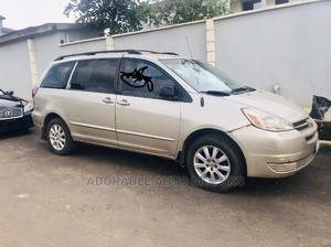 Toyota Sienna 2005 Gold | Cars for sale in Lagos State, Ifako-Ijaiye