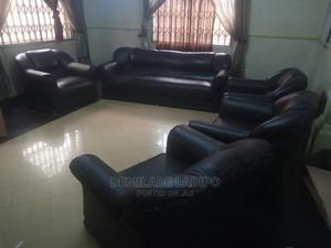7 Seater Leather Sofa   Furniture for sale in Lagos State, Agege