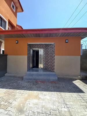2bdrm House in Lekki Phase 1 for Rent | Houses & Apartments For Rent for sale in Lekki, Lekki Phase 1